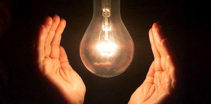 PAGO SERVICIOS : Ordenaron a las empresas electrica no cortar servicio por falta de pago en consumo sin registro