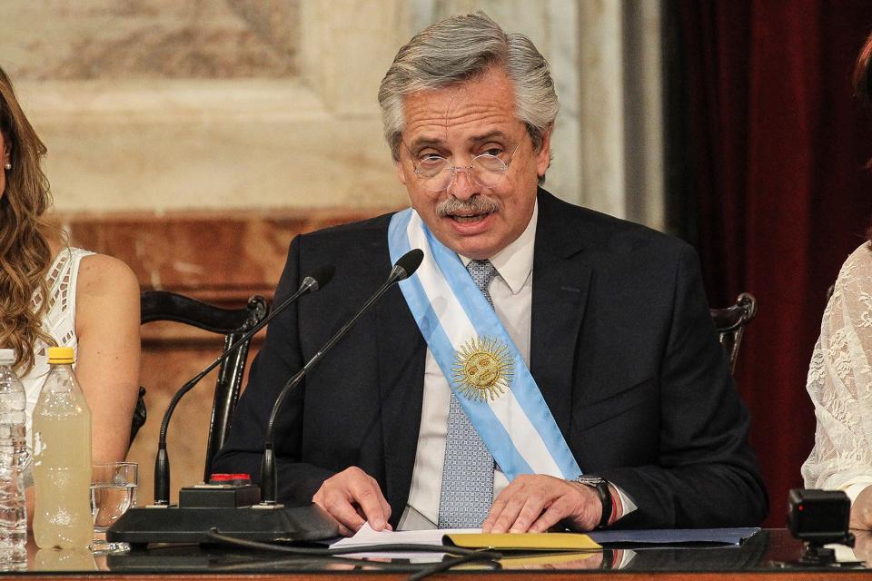 """Alberto Fernández: """"convirtamos a la lucha contra la violencia de género en una política de Estado"""""""