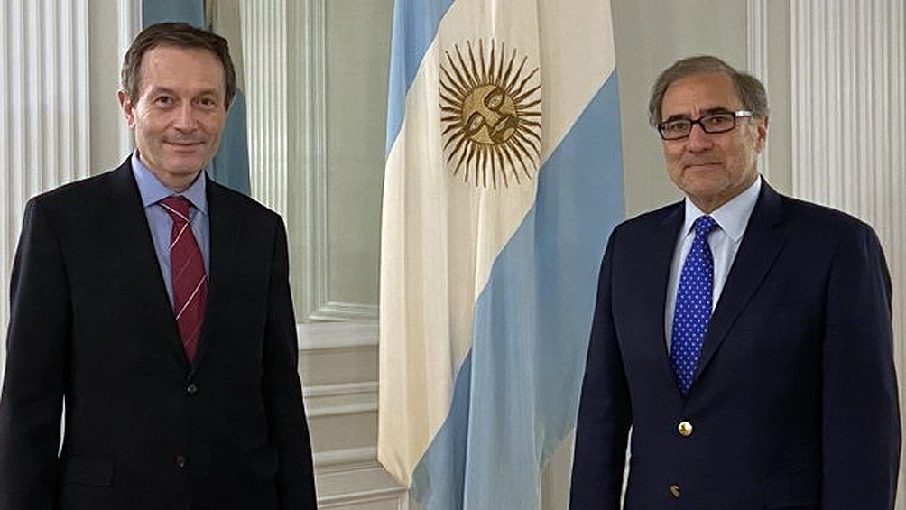 Argentina acordó nuevos préstamos del Banco Mundial por 2.000 millones de dólares